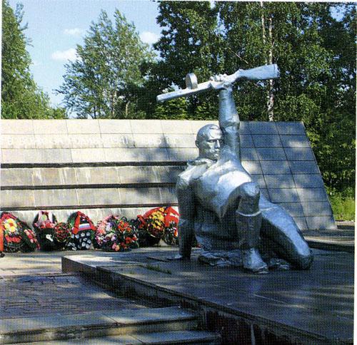 Памятник карельскому фронту петрозаводск памятники в центре санкт петербурга